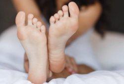 Зудят ноги